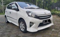 Dijual cepat Toyota Agya 1.0 TRD Sportivo 2015, Tangerang Selatan