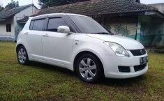 Bekasi, Dijual Cepat Suzuki Swift ST AT 2010