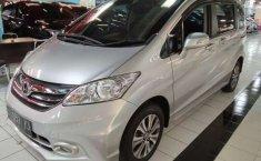Jawa Timur, Honda Freed 1.5 2014 kondisi terawat
