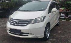 Jawa Barat, Honda Freed PSD 2010 kondisi terawat