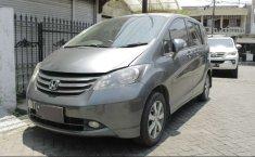 Jawa Timur, Honda Freed PSD 2010 kondisi terawat
