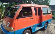 Mobil Suzuki Futura 2004 terbaik di Jawa Tengah