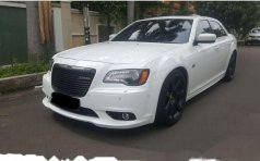 Chrysler 300C SRT8 2013 Sedan