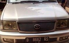 Dijual Mobil Toyota Kijang LGX-D 2000 Silver