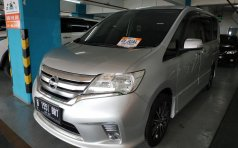Jual Nissan Serena Highway Star A/T 2013