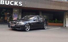 Jual cepat BMW 3 Series 320i 2006 di DKI Jakarta