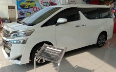 Jawa Timur, dijual mobil Toyota Vellfire G 2019 Bunga 0%