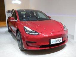 DKI Jakarta, Dijual Tesla Model 3 Standard Range Plus Red on Black 2020