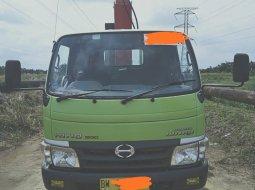 Jual Mobil Bekas Hino Dutro Foco Truk Crane Kap. 3 Ton 2016 di Riau
