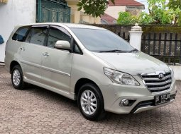 Dijual Mobil Toyota Kijang Innova V 2014 di Sumatra Utara
