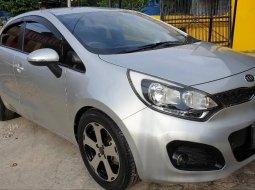 Dijual cepat Kia Rio 1.4 Automatic 2013 bekas, DKI Jakarta