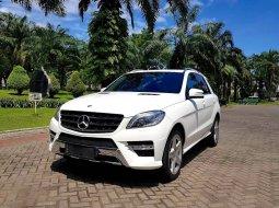 Dijual cepat Mercedes-Benz M-Class ML 400 AMG FULL SPEC Matic 2014, Jawa Timur