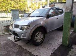 Sumatra Selatan, jual mobil Mitsubishi Triton 2012 dengan harga terjangkau
