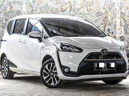 Dijual cepat Toyota Sienta V 2018 terbaik, DKI Jakarta