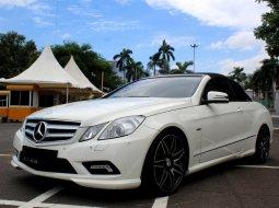 Dijual cepat Mercedes-Benz E-Class E 250 2011 Convertible, DKI Jakarta