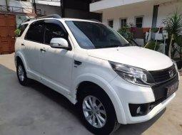 Jual Mobil Daihatsu Terios R 2016 di Bekasi