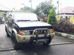 Jual mobil Nissan Terrano Kingsroad F2 2004 bekas, Riau