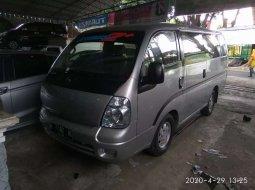 Jawa Timur, Kia Travello 2010 kondisi terawat