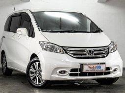 Dijual Mobil Honda Freed E 2016 di Jawa Timur
