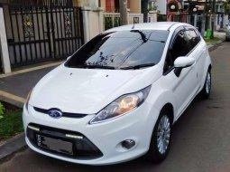 Tawaran Terbaik Mobil Ford Fiesta 2012 Baru Atau Bekas Dengan