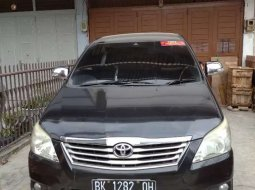 Jual Toyota Kijang Innova 2.0 G 2011 harga murah di Sumatra Utara