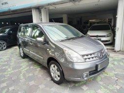 Dijual mobil bekas Nissan Grand Livina XV 2010 di Jawa Timur