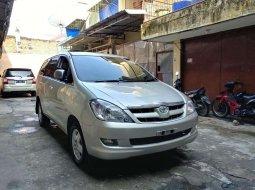 Mobil Toyota Kijang Innova 2006 2.0 G dijual, Sumatra Utara