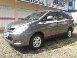 Mobil Toyota Kijang Innova 2011 2.0 G dijual, Jawa Timur