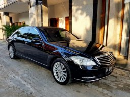 Dijual cepat Mercedes-Benz S-Class S 300 L Facelift RSE Full Option 2011, DKI Jakarta