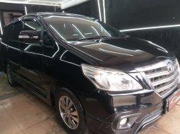 Dijual mobil Toyota Kijang Innova 2.0 G Luxury Matic 2015 Hitam, DKI Jakarta