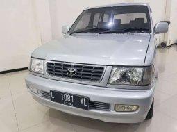 Jawa Timur, Toyota Kijang LGX 2002 kondisi terawat