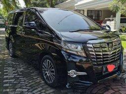 Toyota Alphard 2017 Jawa Tengah dijual dengan harga termurah