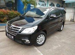 Dijual cepat Toyota Kijang Innova V 2.0 AT 2014 di Bekasi
