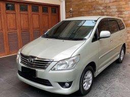 Mobil Toyota Kijang Innova 2012 V dijual, Sumatra Selatan