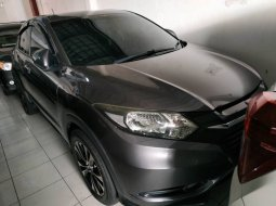 Dijual mobil bekas Honda HR-V 1.5 NA 2015 di DIY Yogyakarta