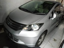 Jual mobil bekas Honda Freed 1.5 2011 di DIY Yogyakarta