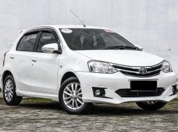 Dijual Cepat Mobil Toyota Etios Valco G 2015 di DKI Jakarta