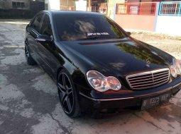 Dijual mobil bekas Mercedes-Benz C-Class C 180, Jawa Barat