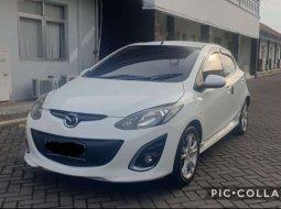 Mobil Mazda 2 2010 terbaik di Jawa Timur