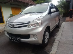 DIY Yogyakarta, Mobil bekas Toyota Avanza E 2014 dijual