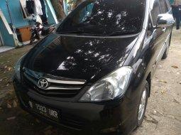 Toyota Kijang Innova E 2.0 2011 di Bekasi