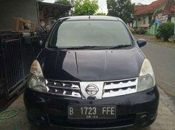 Mobil Nissan Grand Livina 2009 XV terbaik di Jawa Tengah