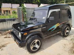 Jual mobil bekas murah Suzuki Katana 1989 di Riau