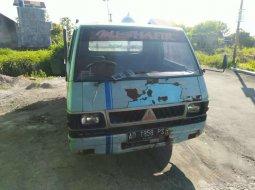 Mobil Mitsubishi L300 1989 terbaik di Jawa Tengah