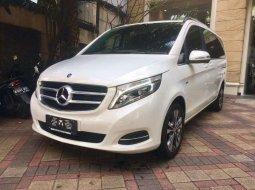 Jual mobil bekas murah Mercedes-Benz V-Class V 220 2016 di DKI Jakarta