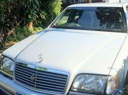 Mercedes-Benz S-Class 1998 Jawa Barat dijual dengan harga termurah