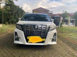 Mobil Toyota Alphard 2016 G S C Package dijual, Jawa Timur