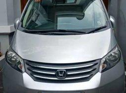 Mobil Honda Freed 2010 1.5 terbaik di DKI Jakarta