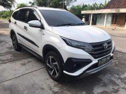 Mobil Toyota Rush 2019 TRD Sportivo terbaik di Jawa Timur