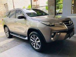 Jual mobil Toyota Fortuner SRZ 2016 bekas, Bali